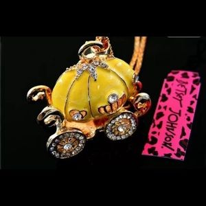 Betsey Johnson Cinderella pumpkin coach necklace